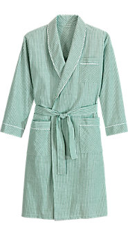 Men's Bathrobe in Lightweight Seersucker Is Sized for a Perfect Fit