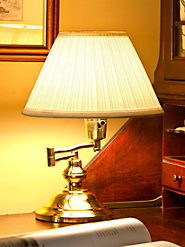 Swing-Arm Lamp Sends Light to Work