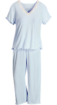 FeelGood Moisture-Wicking Capri Pajamas