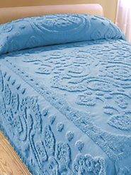Floral Chenille Bedspread Is Pure Cotton Through and Through
