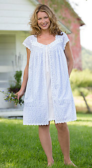 Eileen West Lavender Field Short Sleeve Robe