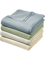 Do You Get Too Hot or Cold at Night? This Constant Comfort Blanket with Outlast Fabric Is Just Right