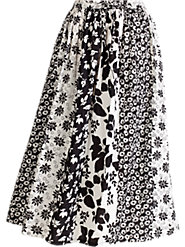 Black-and-White Floral-Print Skirt