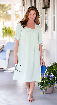 Womens Seersucker Stripe Nightgown