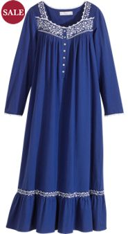 Eileen West Beauty Awakens Nightgown