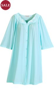 Miss Elaine Short Robe